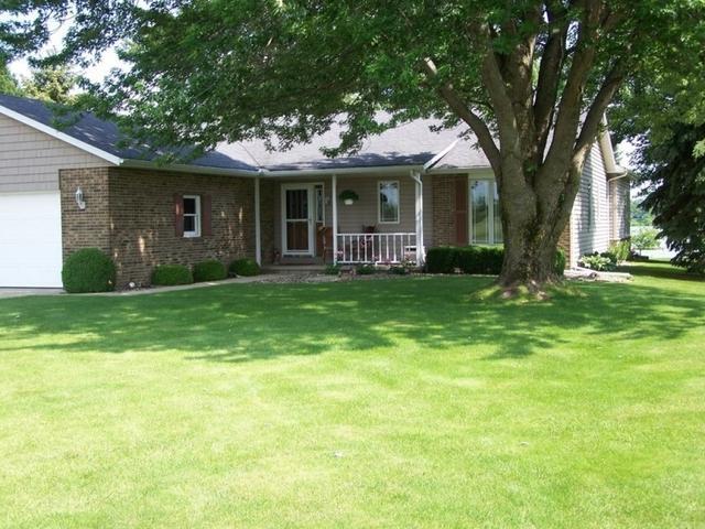 128 Iroquois Trail, Loda, IL 60948 (MLS #09996587) :: Ryan Dallas Real Estate