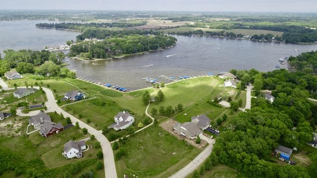 40549 N North Newport Drive, Antioch, IL 60002 (MLS #09996602) :: The Dena Furlow Team - Keller Williams Realty