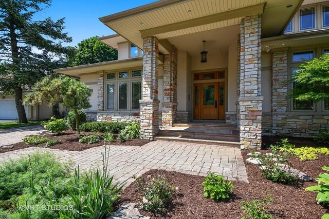 625 Bowling Green Court, Naperville, IL 60563 (MLS #09996691) :: Ani Real Estate