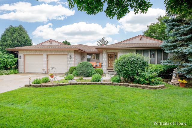 855 Brewster Lane, Bartlett, IL 60103 (MLS #09996702) :: Ani Real Estate