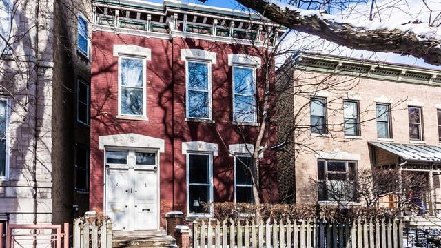 2022 W Potomac Avenue, Chicago, IL 60622 (MLS #09997398) :: Leigh Marcus | @properties