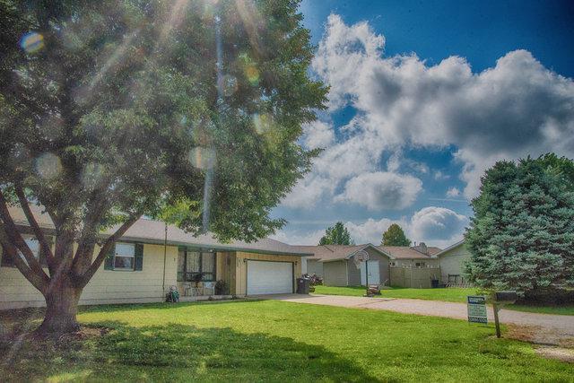 7 Truman Court, PHILO, IL 61864 (MLS #10000907) :: Littlefield Group