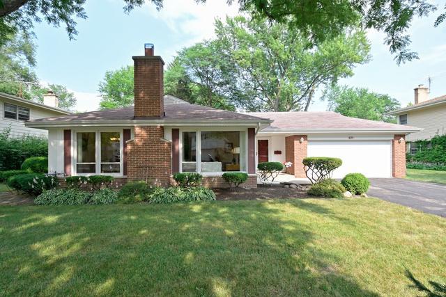 875 Huckleberry Lane, Northbrook, IL 60062 (MLS #10002233) :: Lewke Partners