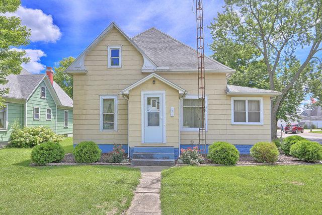 1 N Pine Street, VILLA GROVE, IL 61956 (MLS #10004135) :: Ryan Dallas Real Estate