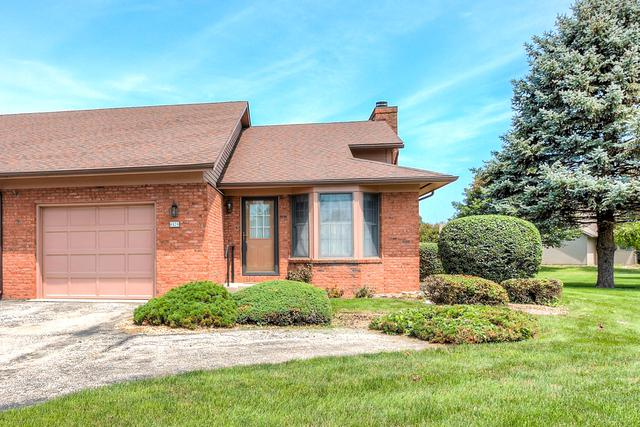 1424 Dickens Court #1424, MONTICELLO, IL 61856 (MLS #10004949) :: Littlefield Group
