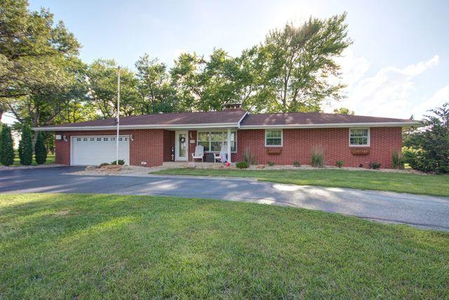 910 N County Road 800, Tuscola, IL 61953 (MLS #10005760) :: Littlefield Group