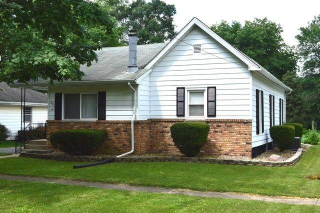 207 Broadway Street, Fisher, IL 61843 (MLS #10008265) :: Littlefield Group