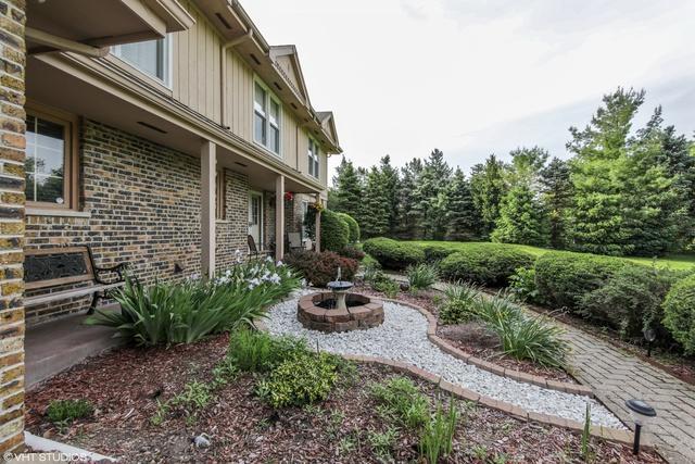 1 Barrington Bourne, Barrington Hills, IL 60010 (MLS #10010553) :: The Jacobs Group