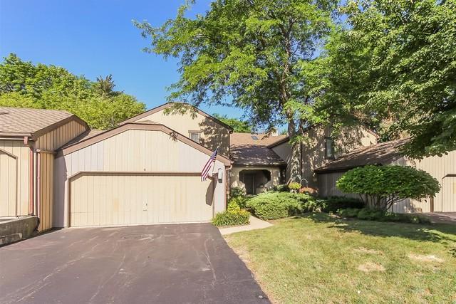 1220 B Oak Hill Road B, Lake Barrington, IL 60010 (MLS #10010936) :: Domain Realty