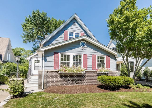 4604 Woodland Avenue, Western Springs, IL 60558 (MLS #10011604) :: Leigh Marcus | @properties