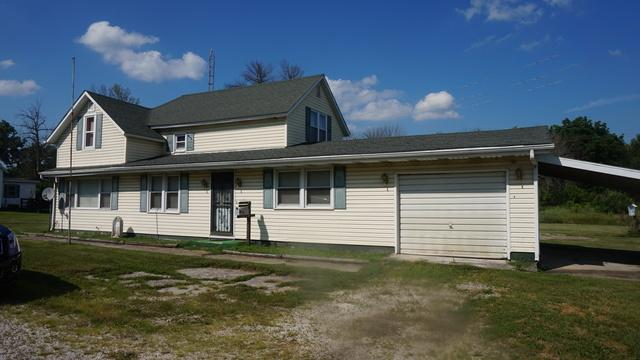 802 Railroad Street, Beaverville, IL 60912 (MLS #10014510) :: Baz Realty Network | Keller Williams Preferred Realty