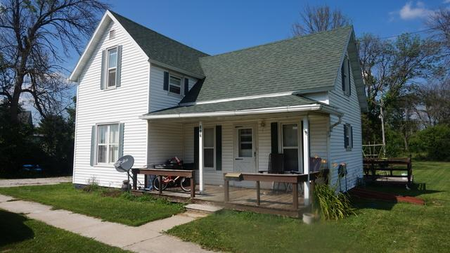 806 Railroad Street, Beaverville, IL 60912 (MLS #10014630) :: Baz Realty Network | Keller Williams Preferred Realty