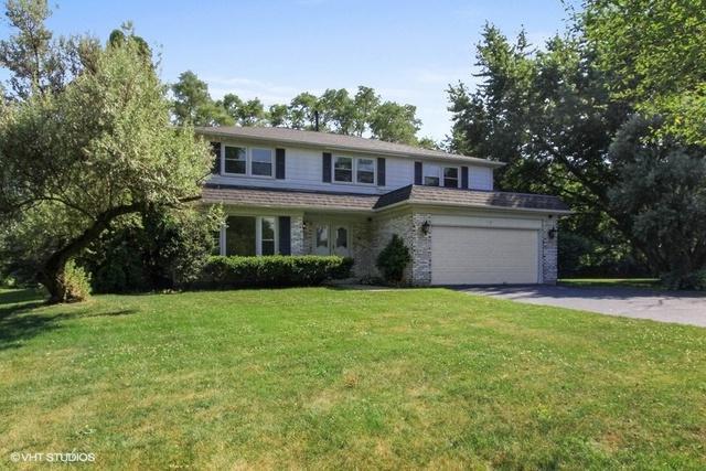 10 Norbert Drive, Hawthorn Woods, IL 60047 (MLS #10014912) :: Helen Oliveri Real Estate