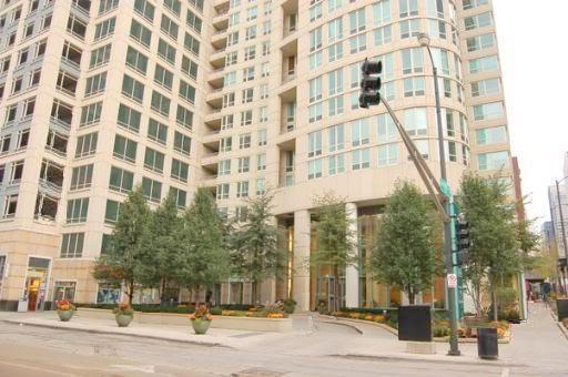345 N Lasalle Street #3903, Chicago, IL 60654 (MLS #10016543) :: The Perotti Group