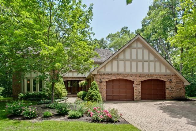 201 Dover Circle, Lincolnshire, IL 60069 (MLS #10016658) :: Helen Oliveri Real Estate