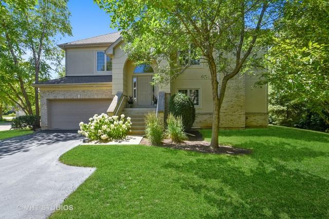 38 Beaconsfield Court, Lincolnshire, IL 60069 (MLS #10016912) :: Helen Oliveri Real Estate