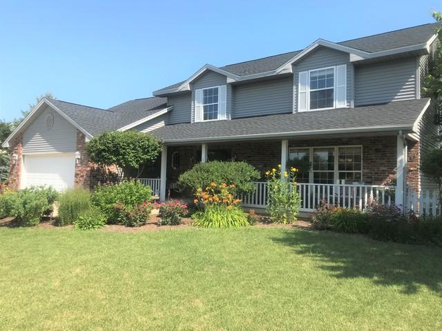 1104 E Grand Avenue, ST. JOSEPH, IL 61873 (MLS #10017122) :: Ryan Dallas Real Estate