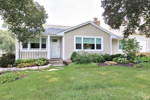 100 E Grand Avenue, Fox Lake, IL 60020 (MLS #10018066) :: Littlefield Group