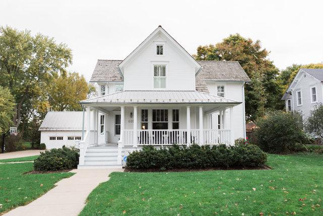609 S Grove Avenue, Barrington, IL 60010 (MLS #10018446) :: Helen Oliveri Real Estate