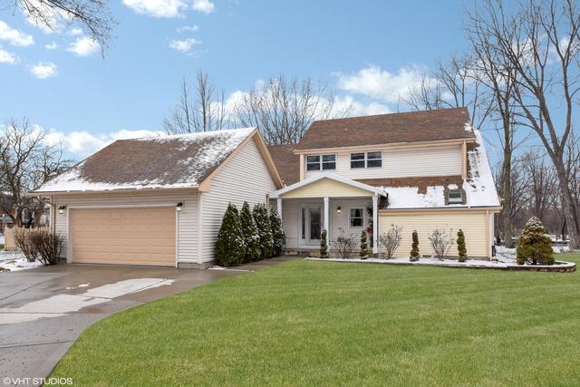 10s310 Jamie Lane, Willowbrook, IL 60527 (MLS #10018830) :: Ani Real Estate