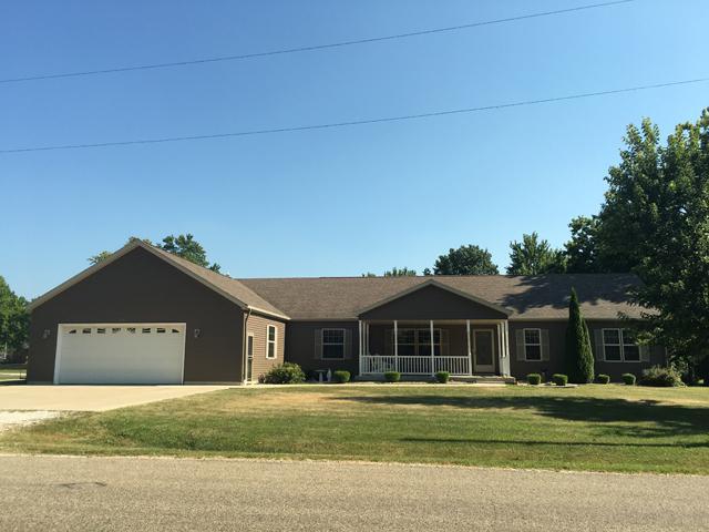 200 W Washington Street, Magnolia, IL 61336 (MLS #10019089) :: Littlefield Group