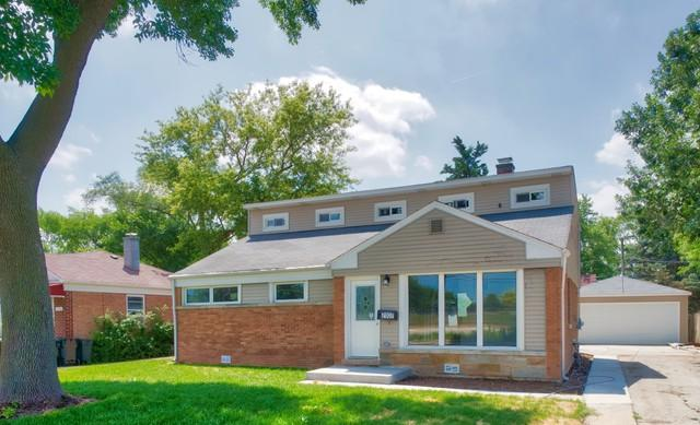 7107 Simpson Street, Morton Grove, IL 60053 (MLS #10019392) :: Helen Oliveri Real Estate