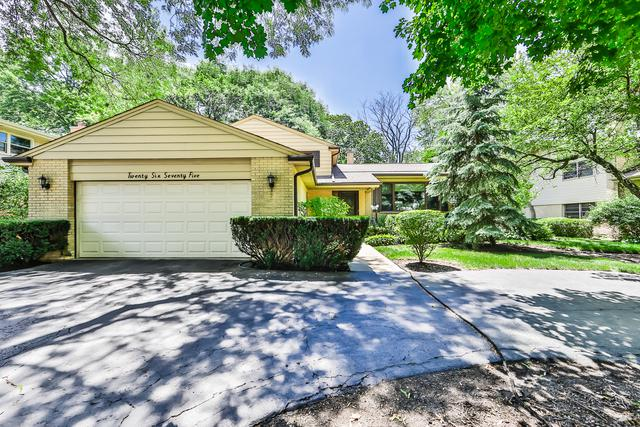 2675 Appletree Lane, Northbrook, IL 60062 (MLS #10019928) :: Helen Oliveri Real Estate