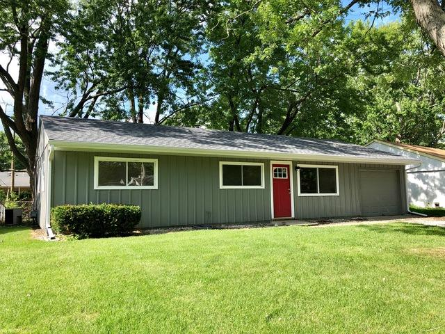 2804 Carrelton Drive, Champaign, IL 61821 (MLS #10020503) :: Ryan Dallas Real Estate