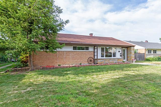 658 Oakwood Court, Des Plaines, IL 60016 (MLS #10020582) :: Helen Oliveri Real Estate