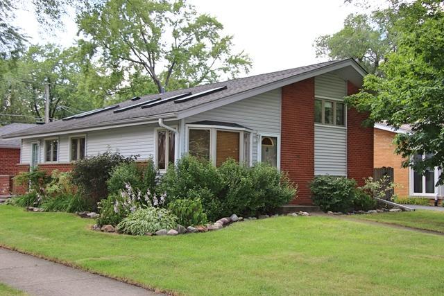 600 N Eastwood Avenue, Mount Prospect, IL 60056 (MLS #10021100) :: Helen Oliveri Real Estate