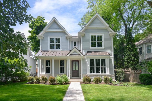 111 5th Street, Wilmette, IL 60091 (MLS #10021344) :: Helen Oliveri Real Estate