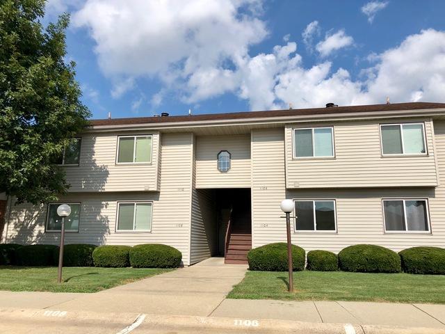 1110 Kara Drive #1110, Champaign, IL 61821 (MLS #10021454) :: Ryan Dallas Real Estate