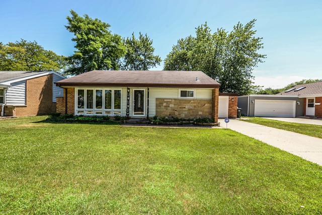 7447 Lyons Street, Morton Grove, IL 60053 (MLS #10021740) :: Helen Oliveri Real Estate