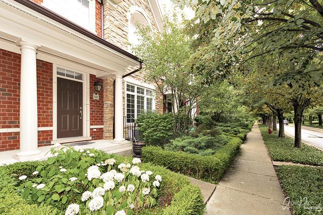 4243 Linden Tree Lane, Glenview, IL 60026 (MLS #10021841) :: Helen Oliveri Real Estate
