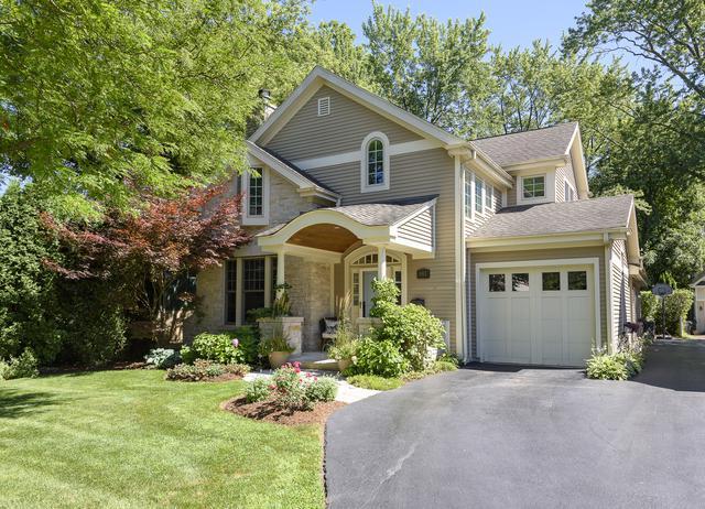 1953 Henley Street, Glenview, IL 60025 (MLS #10021904) :: Helen Oliveri Real Estate