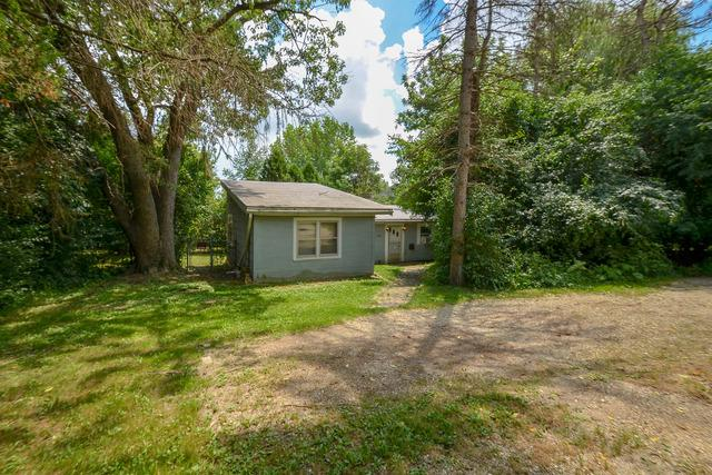 1547 W Dundee Road, Palatine, IL 60074 (MLS #10022056) :: Helen Oliveri Real Estate
