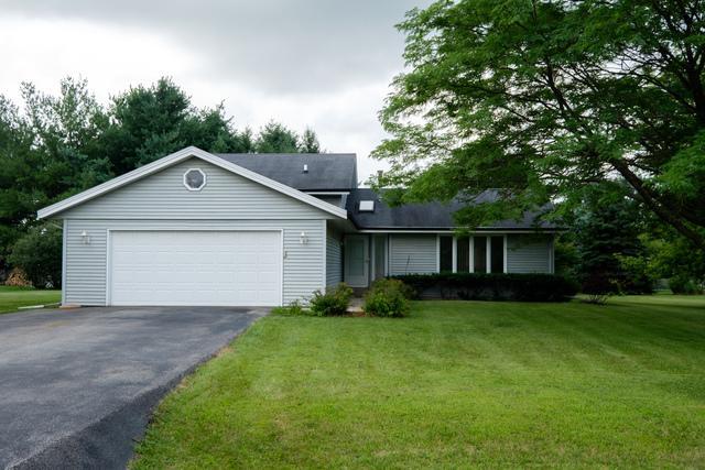 6411 Upper Ridge Way, Roscoe, IL 61073 (MLS #10022075) :: Key Realty