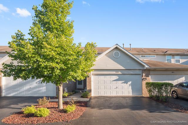 18109 Mager Drive #18109, Tinley Park, IL 60487 (MLS #10022245) :: Helen Oliveri Real Estate