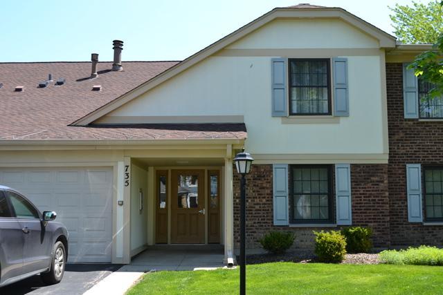 735 Plum Tree Court A2, Wheeling, IL 60090 (MLS #10022303) :: Helen Oliveri Real Estate