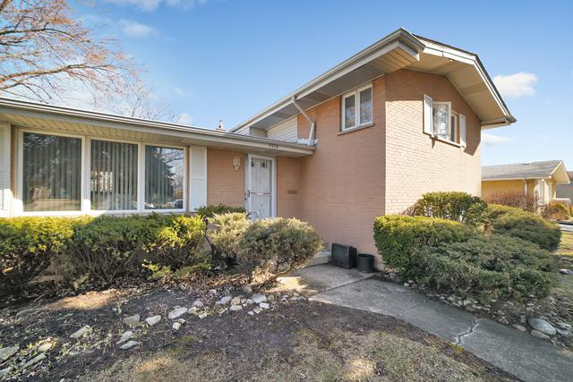 7938 Lake Street, Morton Grove, IL 60053 (MLS #10022316) :: Helen Oliveri Real Estate