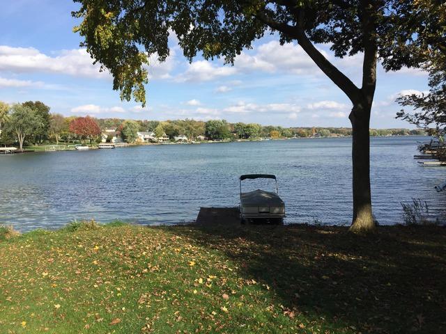 17 Delburne Drive, Lake Summerset, IL 61019 (MLS #10022318) :: Lewke Partners