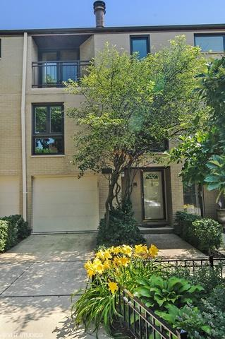 555 W Eugenie Street, Chicago, IL 60614 (MLS #10022779) :: Property Consultants Realty