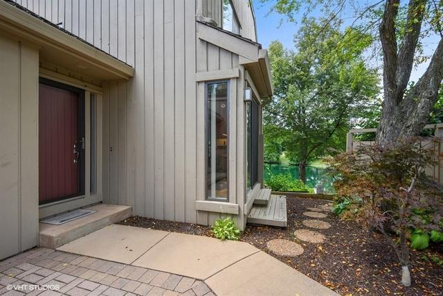 410 N Cedar Ridge E212, Lake Barrington, IL 60010 (MLS #10023463) :: Domain Realty