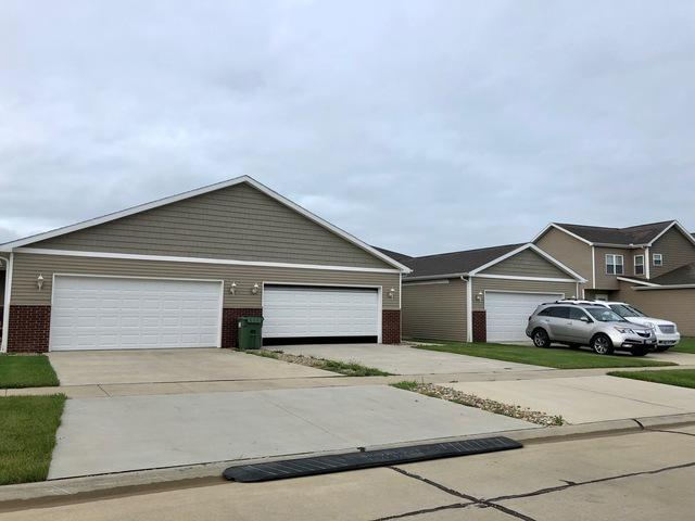 1605 Timber Wolf Lane, Mahomet, IL 61853 (MLS #10023482) :: Ryan Dallas Real Estate