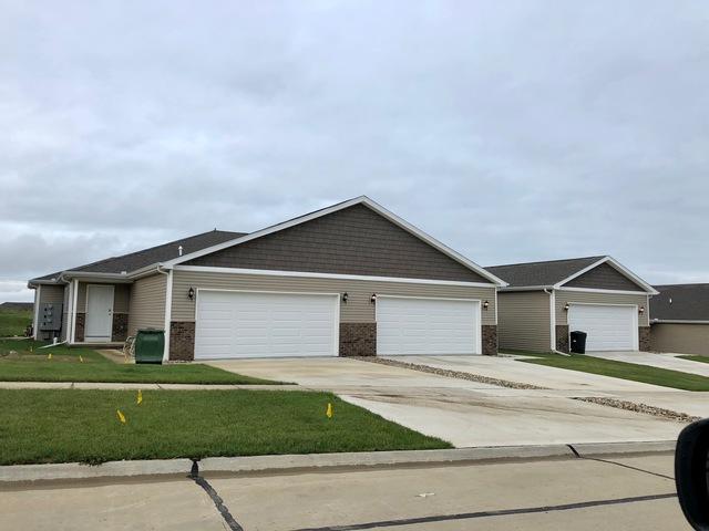 1607 Timber Wolf Lane, Mahomet, IL 61853 (MLS #10023561) :: Ryan Dallas Real Estate