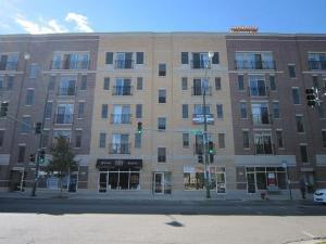 1909 W Diversey Parkway #301, Chicago, IL 60614 (MLS #10024301) :: The Perotti Group