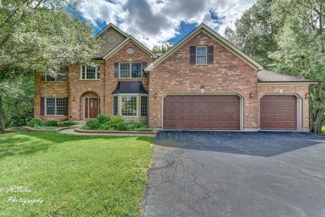 3517 Oakleaf Lane, Crystal Lake, IL 60012 (MLS #10024693) :: Key Realty