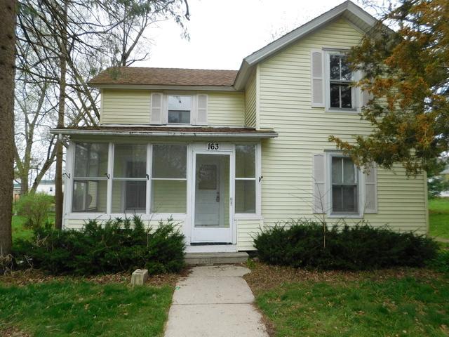 163 Walnut Street, Hinckley, IL 60520 (MLS #10025057) :: Domain Realty