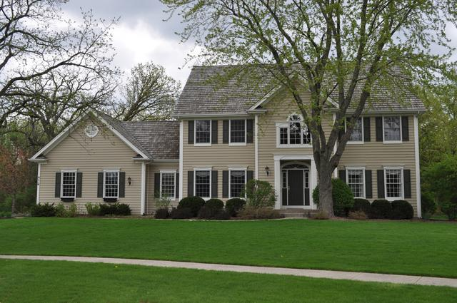 975 Prairie Hill Court, Cary, IL 60013 (MLS #10025444) :: Key Realty