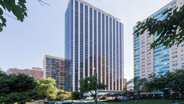 3150 N Lake Shore Drive 30F, Chicago, IL 60657 (MLS #10025650) :: The Perotti Group